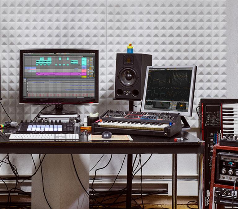 آهنگسازی با کامپیوتر